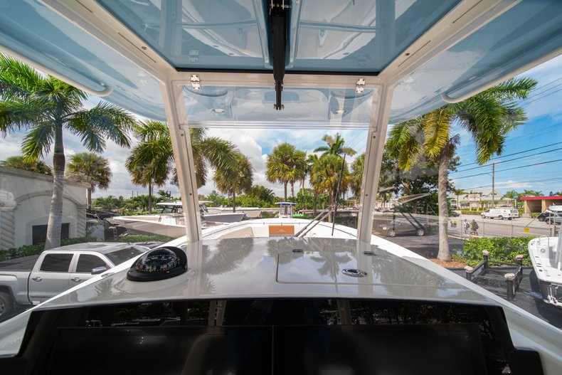 Thumbnail 32 for New 2020 Cobia 320 Center Console boat for sale in West Palm Beach, FL