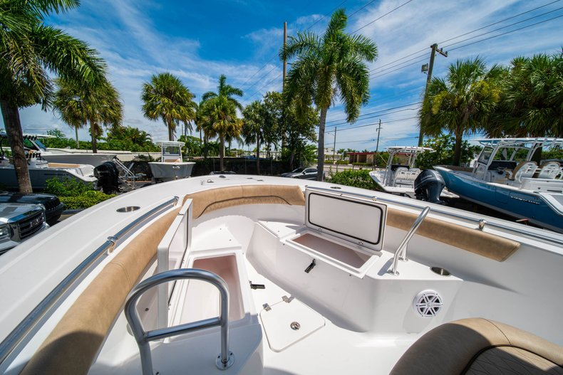 Thumbnail 37 for New 2020 Sportsman Open 212 Center Console boat for sale in West Palm Beach, FL