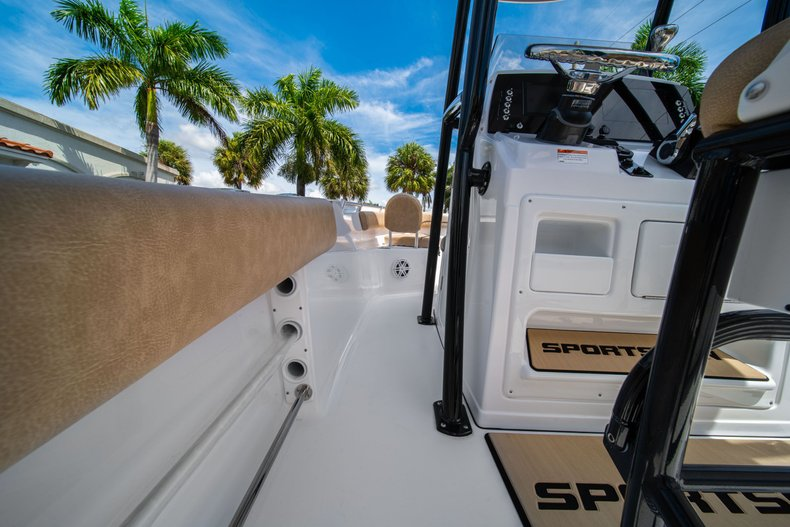 Thumbnail 20 for New 2020 Sportsman Open 212 Center Console boat for sale in West Palm Beach, FL