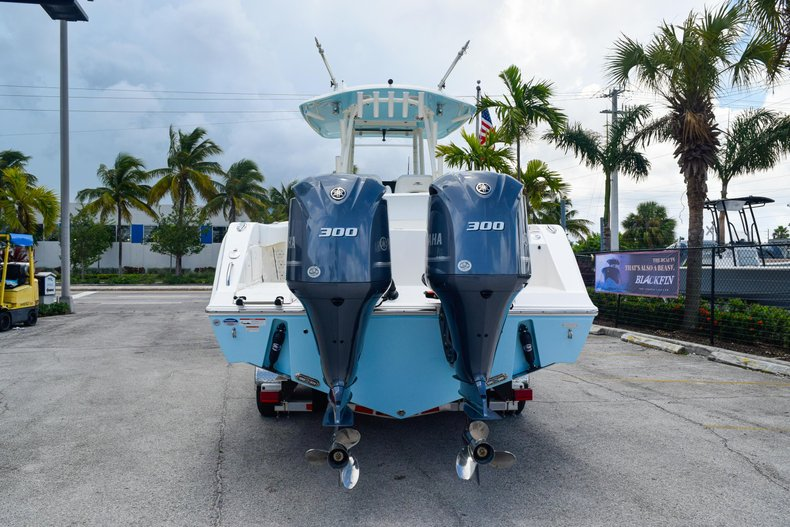 Thumbnail 7 for New 2020 Cobia 301 CC Center Console boat for sale in Fort Lauderdale, FL