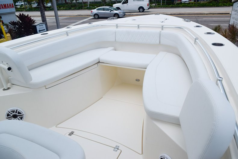 Thumbnail 38 for New 2020 Cobia 301 CC Center Console boat for sale in Fort Lauderdale, FL
