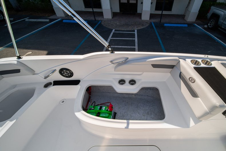 Thumbnail 13 for New 2020 Hurricane SS 185 OB boat for sale in West Palm Beach, FL