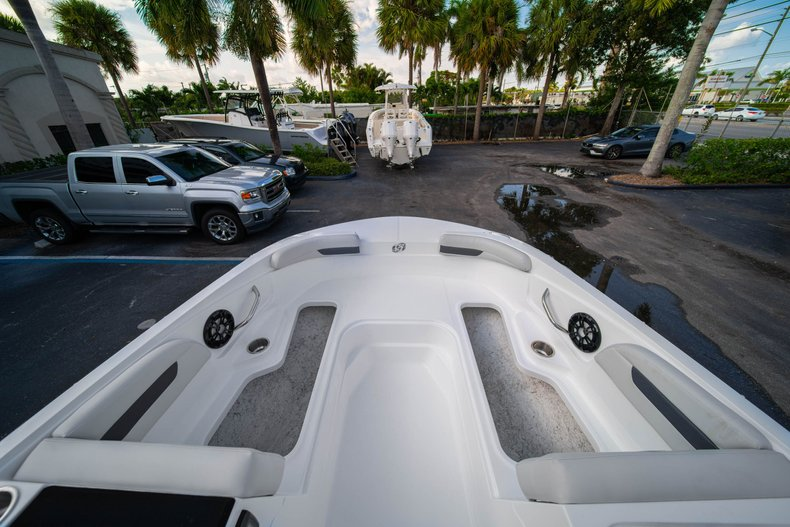 Thumbnail 24 for New 2020 Hurricane SS 185 OB boat for sale in West Palm Beach, FL