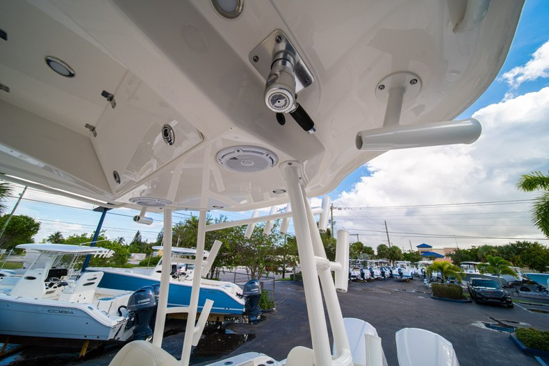 Thumbnail 20 for New 2019 Cobia 301 CC Center Console boat for sale in West Palm Beach, FL