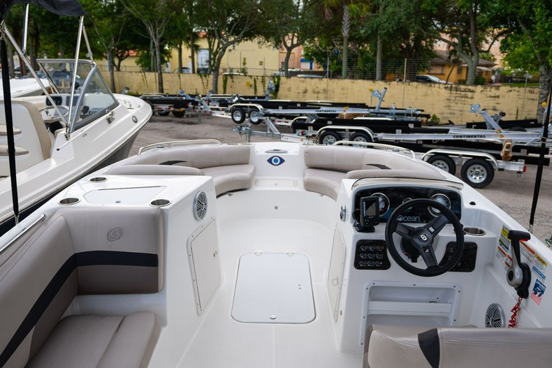 Thumbnail 2 for Used 2017 Hurricane SunDeck Sport SS 188 OB boat for sale in West Palm Beach, FL