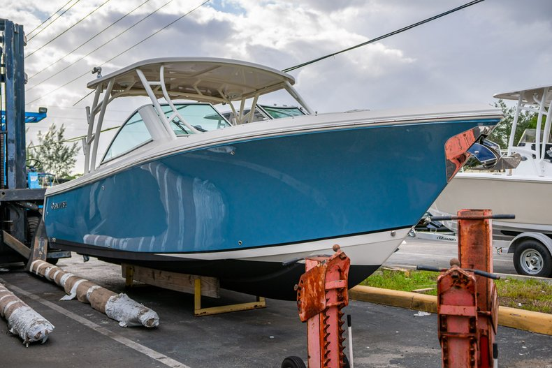 Used 2017 Sailfish 275 Dual Console boat for sale in West Palm Beach, FL