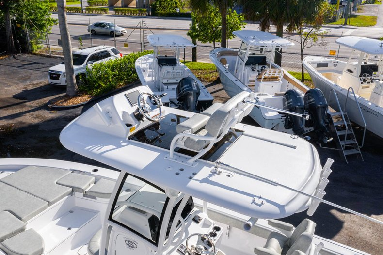 Thumbnail 11 for New 2020 Sportsman Masters 267 Bay Boat boat for sale in West Palm Beach, FL
