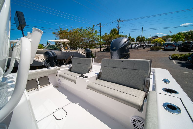 Thumbnail 15 for New 2020 Sportsman Masters 267 Bay Boat boat for sale in West Palm Beach, FL