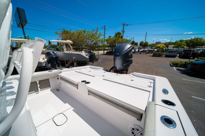 Thumbnail 14 for New 2020 Sportsman Masters 267 Bay Boat boat for sale in West Palm Beach, FL