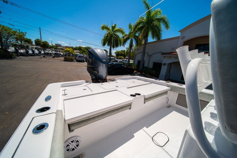 Thumbnail 12 for New 2020 Sportsman Masters 267 Bay Boat boat for sale in West Palm Beach, FL