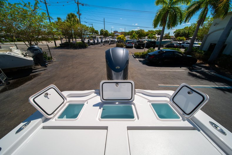 Thumbnail 17 for New 2020 Sportsman Masters 267 Bay Boat boat for sale in West Palm Beach, FL