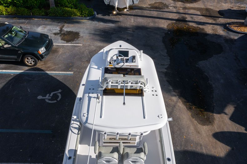 Thumbnail 9 for New 2020 Sportsman Masters 267 Bay Boat boat for sale in West Palm Beach, FL