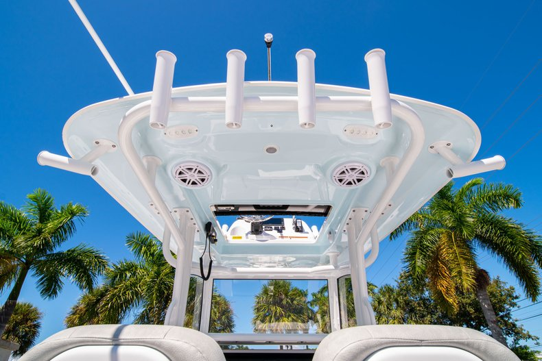 Thumbnail 18 for New 2020 Sportsman Masters 267 Bay Boat boat for sale in West Palm Beach, FL