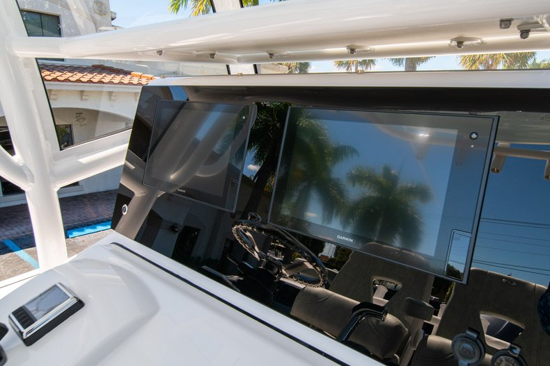 Thumbnail 24 for New 2020 Sportsman Masters 267 Bay Boat boat for sale in West Palm Beach, FL