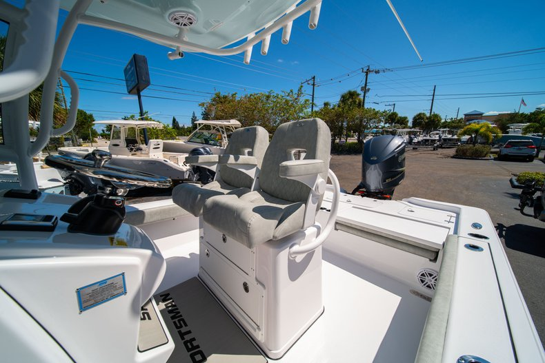 Thumbnail 35 for New 2020 Sportsman Masters 267 Bay Boat boat for sale in West Palm Beach, FL