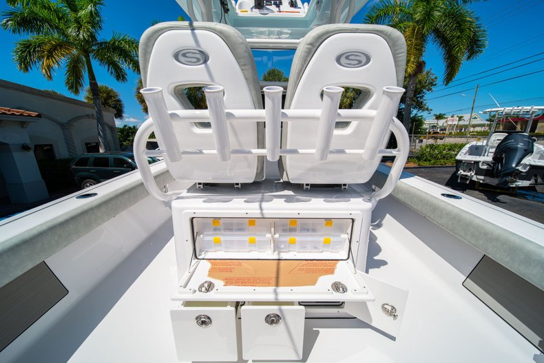 Thumbnail 20 for New 2020 Sportsman Masters 267 Bay Boat boat for sale in West Palm Beach, FL