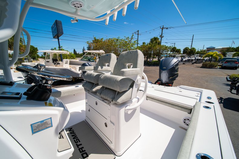 Thumbnail 34 for New 2020 Sportsman Masters 267 Bay Boat boat for sale in West Palm Beach, FL