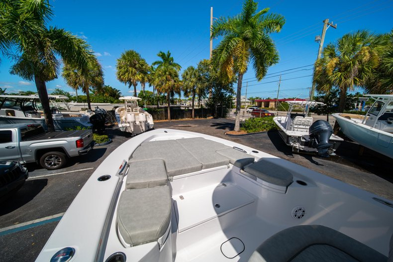 Thumbnail 40 for New 2020 Sportsman Masters 267 Bay Boat boat for sale in West Palm Beach, FL