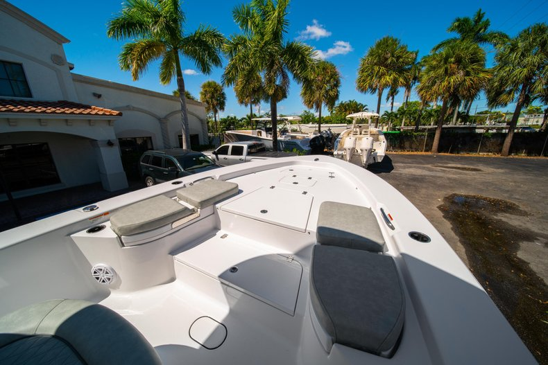 Thumbnail 39 for New 2020 Sportsman Masters 267 Bay Boat boat for sale in West Palm Beach, FL