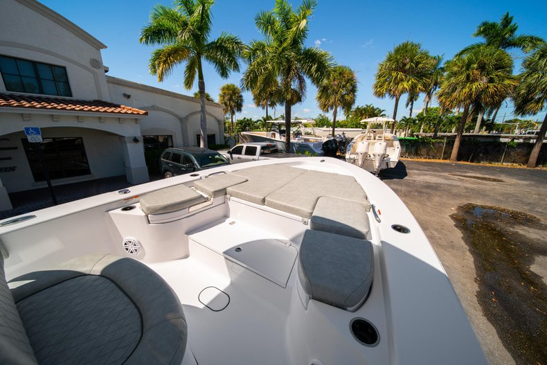 Thumbnail 38 for New 2020 Sportsman Masters 267 Bay Boat boat for sale in West Palm Beach, FL