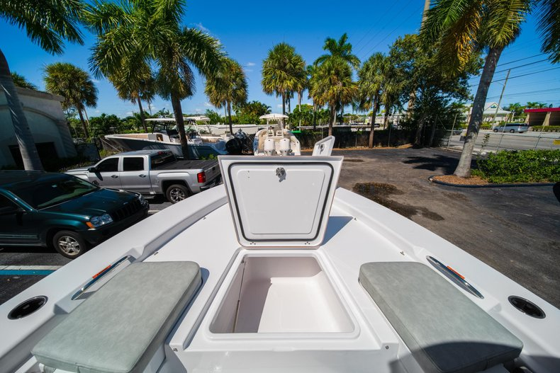 Thumbnail 44 for New 2020 Sportsman Masters 267 Bay Boat boat for sale in West Palm Beach, FL