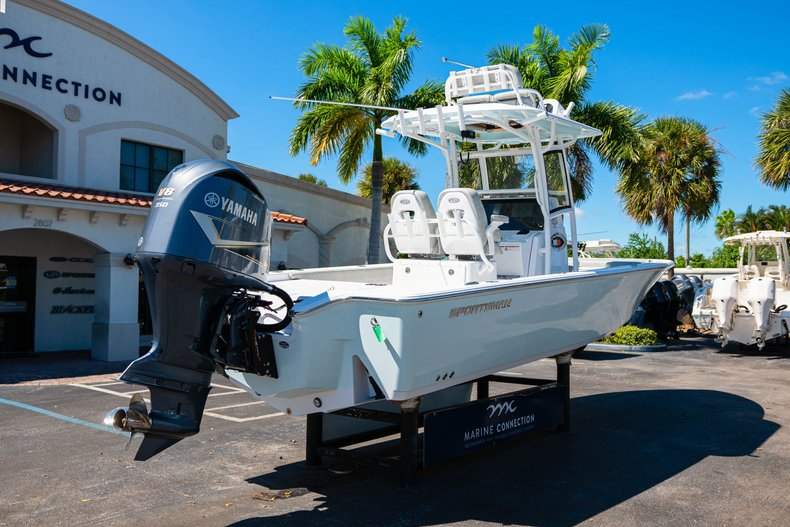 Thumbnail 7 for New 2020 Sportsman Masters 267 Bay Boat boat for sale in West Palm Beach, FL