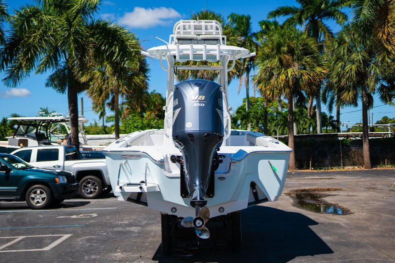 Thumbnail 6 for New 2020 Sportsman Masters 267 Bay Boat boat for sale in West Palm Beach, FL