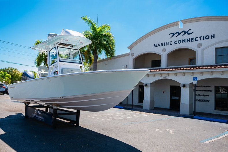 Thumbnail 1 for New 2020 Sportsman Masters 267 Bay Boat boat for sale in West Palm Beach, FL