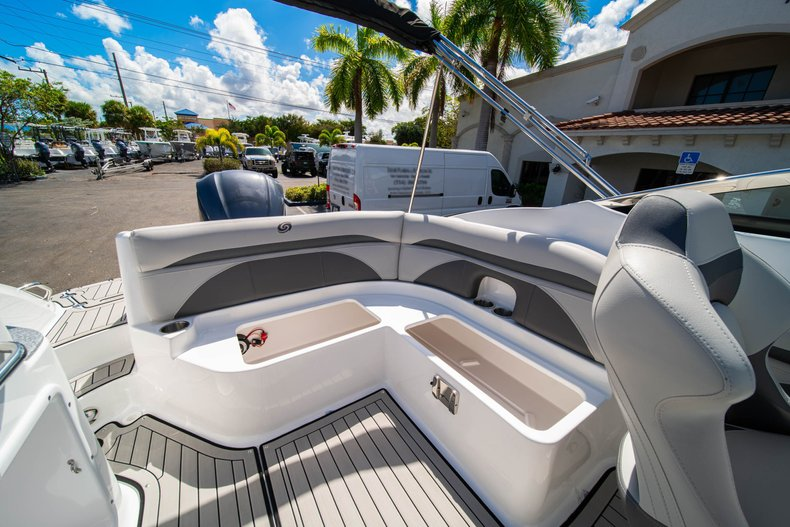 Thumbnail 11 for New 2020 Hurricane SunDeck SD 2400 OB boat for sale in West Palm Beach, FL