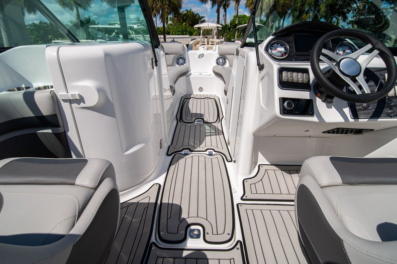 Thumbnail 21 for New 2020 Hurricane SunDeck SD 2400 OB boat for sale in West Palm Beach, FL