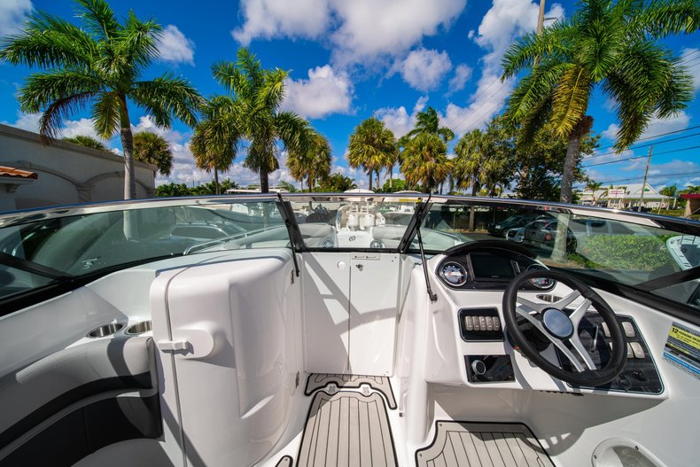 Thumbnail 24 for New 2020 Hurricane SunDeck SD 2400 OB boat for sale in West Palm Beach, FL