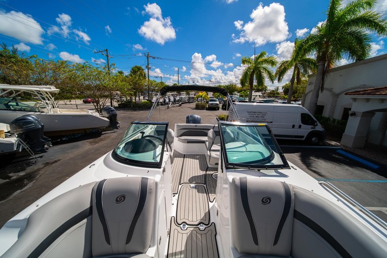 Thumbnail 32 for New 2020 Hurricane SunDeck SD 2400 OB boat for sale in West Palm Beach, FL