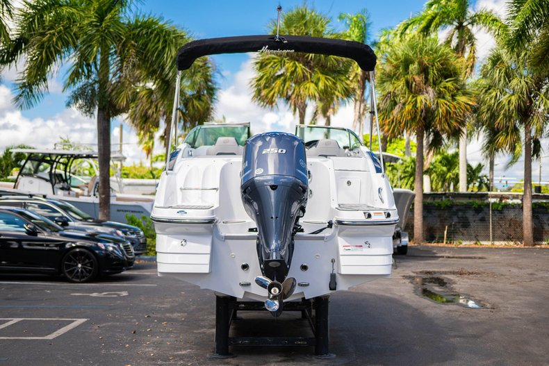 Thumbnail 6 for New 2020 Hurricane SunDeck SD 2400 OB boat for sale in West Palm Beach, FL