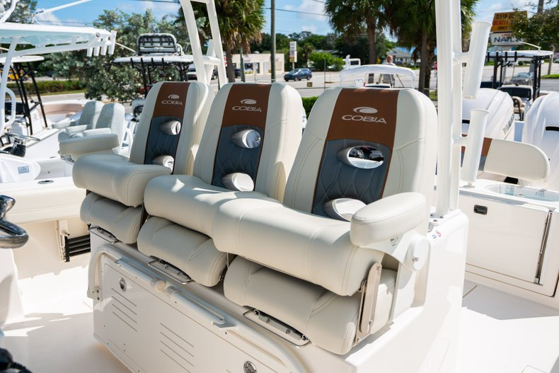 Thumbnail 16 for New 2020 Cobia 350 Center Console boat for sale in West Palm Beach, FL
