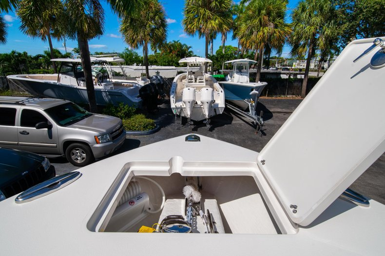 Thumbnail 39 for New 2020 Cobia 262 Center Console boat for sale in West Palm Beach, FL