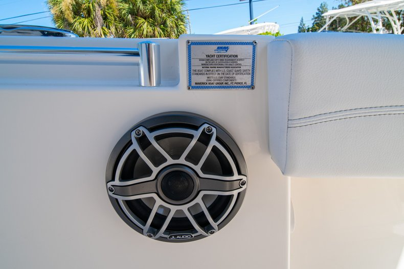 Thumbnail 33 for New 2020 Cobia 262 Center Console boat for sale in West Palm Beach, FL