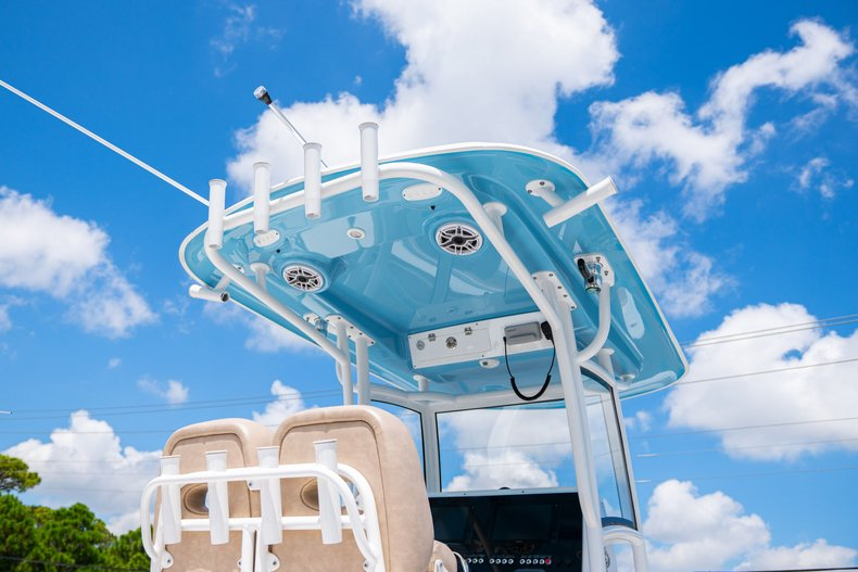 Thumbnail 5 for Used 2019 Sportsman Open 252 Center Console boat for sale in West Palm Beach, FL