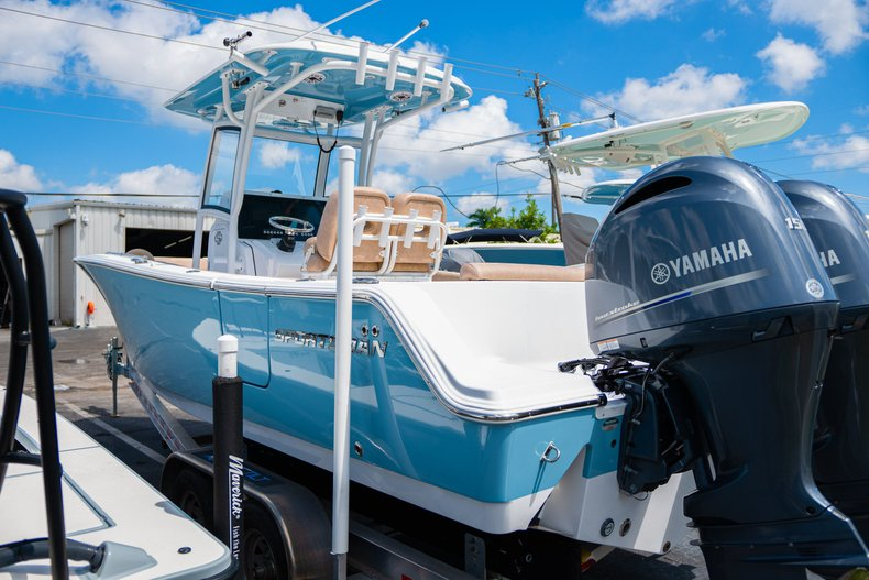Thumbnail 3 for Used 2019 Sportsman Open 252 Center Console boat for sale in West Palm Beach, FL