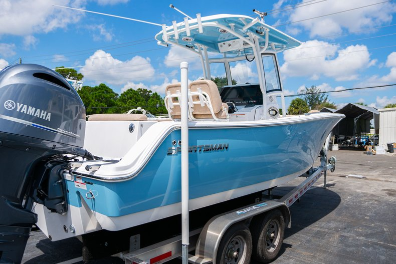 Thumbnail 4 for Used 2019 Sportsman Open 252 Center Console boat for sale in West Palm Beach, FL