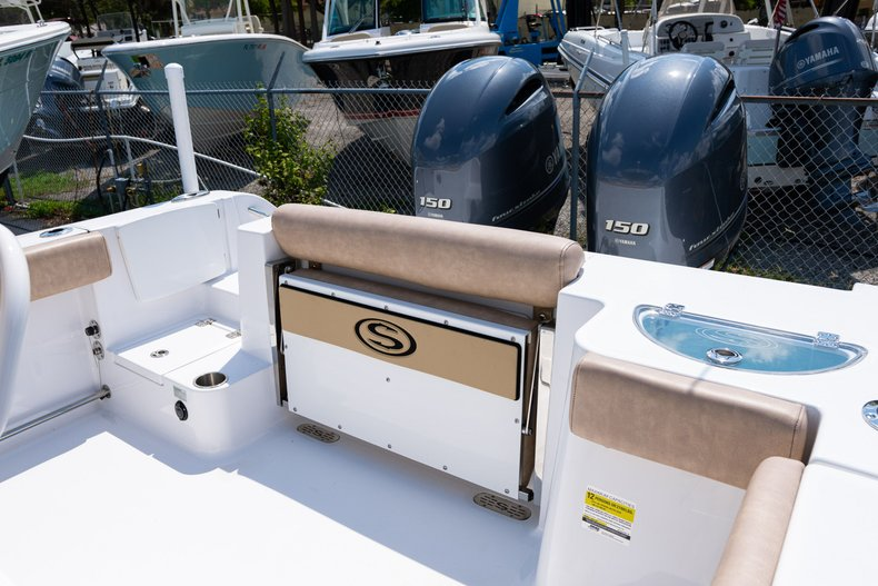Thumbnail 8 for Used 2019 Sportsman Open 252 Center Console boat for sale in West Palm Beach, FL