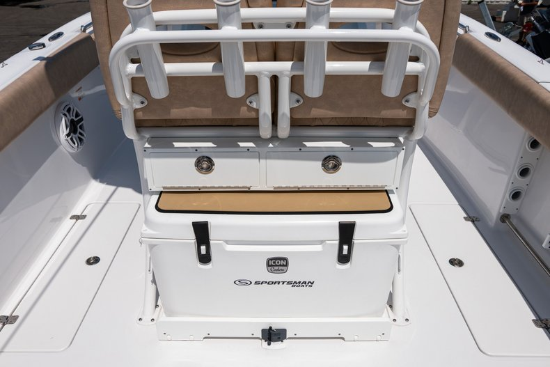 Thumbnail 13 for Used 2019 Sportsman Open 252 Center Console boat for sale in West Palm Beach, FL