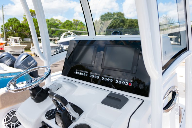 Thumbnail 17 for Used 2019 Sportsman Open 252 Center Console boat for sale in West Palm Beach, FL