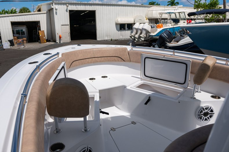 Thumbnail 32 for Used 2019 Sportsman Open 252 Center Console boat for sale in West Palm Beach, FL