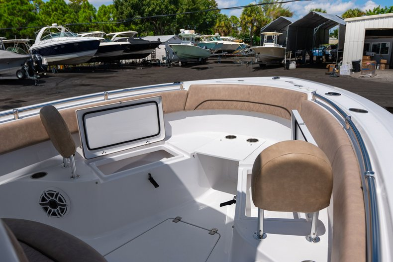 Thumbnail 30 for Used 2019 Sportsman Open 252 Center Console boat for sale in West Palm Beach, FL