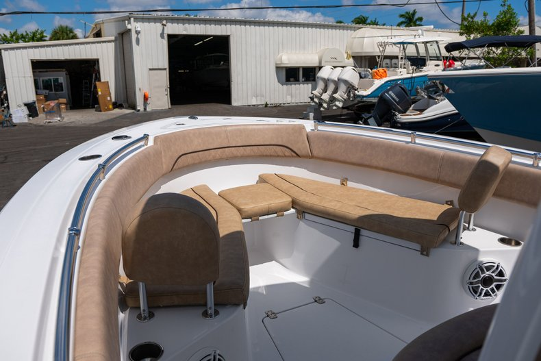 Thumbnail 31 for Used 2019 Sportsman Open 252 Center Console boat for sale in West Palm Beach, FL