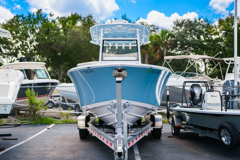 Thumbnail 1 for Used 2019 Sportsman Open 252 Center Console boat for sale in West Palm Beach, FL