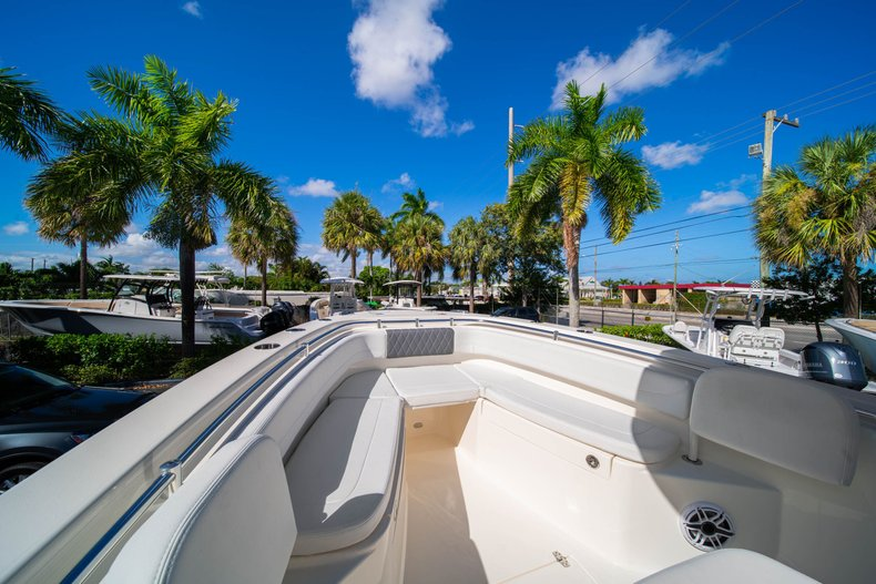 Thumbnail 32 for New 2020 Cobia 262 Center Console boat for sale in West Palm Beach, FL