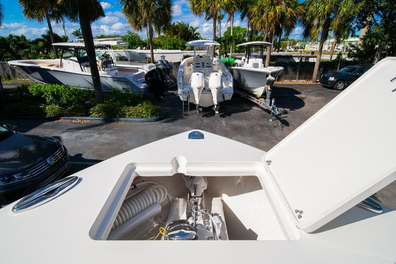 Thumbnail 35 for New 2020 Cobia 262 Center Console boat for sale in West Palm Beach, FL