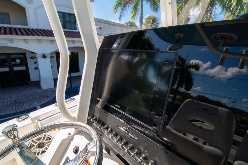 Thumbnail 20 for New 2020 Cobia 262 Center Console boat for sale in West Palm Beach, FL