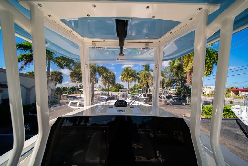 Thumbnail 24 for New 2020 Cobia 262 Center Console boat for sale in West Palm Beach, FL